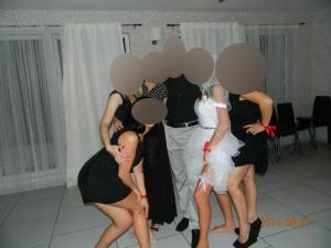 Striptizas mergvakaiui kaina